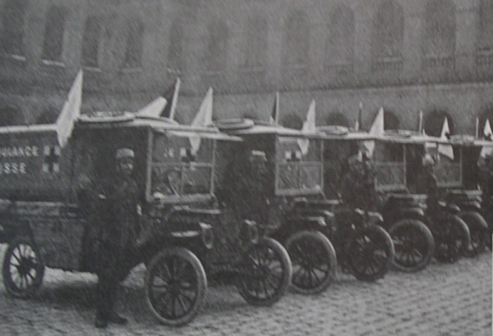ambulances offertes par la Russie